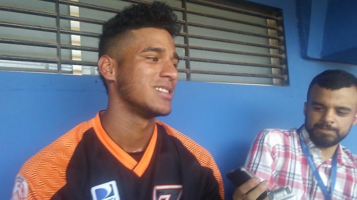 """Daniel Brito: """"Espero debutar en Venezuela con las Águilas"""" Brito05Oct17-2"""